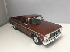 1979 79 Ford F-150 Custom Collectible 1/24 Scale Diecast