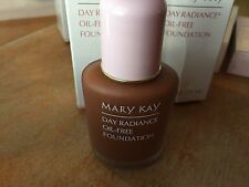 NIB Mary Kay Day Radiance Mahogany Bronze Formula 3 Oil Free Full Sz Acne Prone