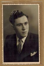 Carte Photo vintage card RPPC Courtrai Deneve portrait homme costume kh0338