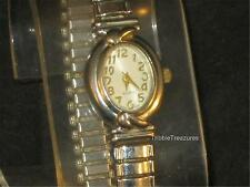 VTG LADIES ADVANCE QUARTZ WRISTWATCH STRETCHBAND WHITE OVAL FACE!   z233