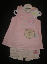 BABY GIRLS  2 PIECE SUMMER OUTFIT/TOP & SHORTS..SIZE/AGE  0-3MONTHS..BNWT