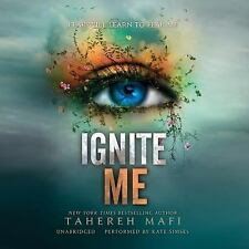 Ignite Me: Library Edition Shatter Me)