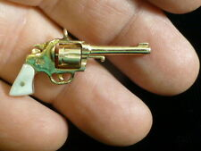Vintage 10K Yellow Gold Moveable Colt revolver charm with Mother of Pearl grips