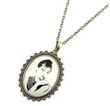 Vintage Beauty Head Acrylic Piercing Long Chain Pendant Necklace Factory Direct