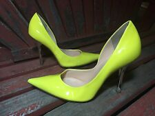 *NeoN HoT yeLLoW* Sz 7 Pointy Toe Stiletto Heels PUMPS CARRIE GuESS Silver Spike