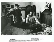 NINA AXELROD  NANCY PARSONS  MOTEL HELL  1980 VINTAGE PHOTO ORIGINAL #5