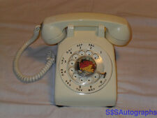 RARE VTG VINTAGE AT&T 500DM RETRO WHITE COLORED COLOR ROTARY DIAL DESK TELEPHONE