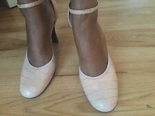 Aldo's Baby Pink Antiqued Look Shoes 8