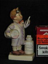 """Goebel Hummel 322 """"Der Apotheker"""", Vitamins Rezept, little pharmacist"""