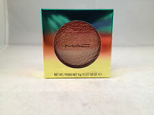 MAC Cosmetics Wash & Dry Collection High-Light Powder Freshen Up highlighter