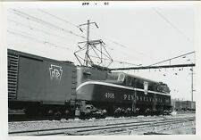 6A105 RP 1966 PRR PENNSYLVANIA RAILROAD GG1 ENGINE #4908 NORTH PHILLY PA