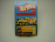 HOT WHEELS-WORKHORSES-FORD STAKE BED TRUCK (9551)-1979-NEW ON CARD