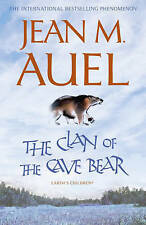 The Clan of the Cave Bear by Jean M. Auel [Paperback, 2010]