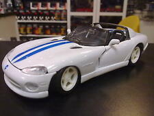 Maisto Dodge Viper RT/10 1:24 wit