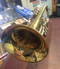 HOLTON Collegiate C605 Cornet and Case Clean overall