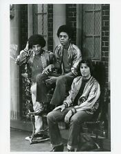 JOHN TRAVOLTA ROBERT HEGYES RON PALILLO WELCOME BACK KOTTER 1977 ABC TV PHOTO