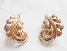 VINTAGE 1940's SIGNED MONET STERLING ROSE GOLD TONE LEAF / FEATHER CLIP EARRINGS