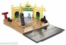 Disney Cars Luigi's Tire Shop Action Shifters Race Track Playset New