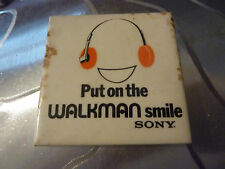 "SONY ""PUT ON THE WALKMAN SMILE"", Badge  Vintage 70s / 80s"