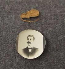 ANTIQUE 1905 MOUNING MAN MINIATURE ROUNDED PHOTO WITH DRY FLOWER FOR LOCKET