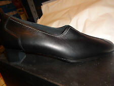 Theresia M, Dress Shoe, Phoebe, Black Leather Women Size 9 Medium