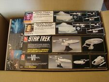 Lot of 7 star trek plastic models w/ smooth surface and Ban dai enterprize