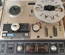 Famous AKAI D-201D 3 Speed Tape Recorder; 4 Track Stereo w/Cover CROSSFIELD Head