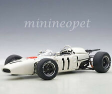 AUTOart 86597 HONDA RA272 F1 GRAND PRIX MEXICO 1965 RICHIE GINTHER #11 1/18