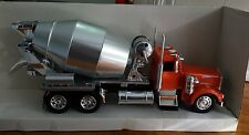 New Ray Kenworth Model W 900 Cement Truck 1:32 Diecast