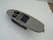 Nissan Almera Tino (2000-2005) Front right Window Switch