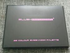 Blush Professional 88 Colour Earth Tones Eyeshadow Palette + 120 er Lidschatten