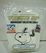 Wendy's Peanuts 50th Anniversary Snoopy Woodstock Laying on Doghouse Toy