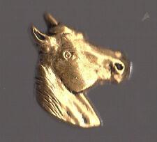 Pin's tete de cheval doré