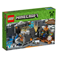 21124 LEGO The End Portal Minecraft Age 8+ / 559 Pieces / NEW 2016 RELEASE!