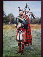 POSTCARD THE QUEENS OWN CAMERON HIGHLANDERS - PIPE MAJOR
