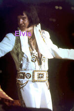 ELVIS PRESLEY IN INDIAN SUIT W/ CROSS NECKLACE ANAHEIM CA 11/30/76 PHOTO CANDID
