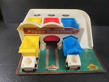 Vintage Fisher-Price Little People Dump Truckers Station #979 Fisher Price 1969
