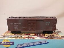 HO SCALE ATHEARN WESTERN PACIFIC BULK SUGAR WOOD WEATHERED BOX CAR