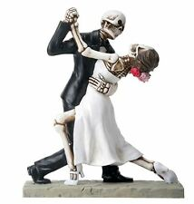Skeleton Wedding Couple Dancing Day of the Dead Dia de Los Muertos Figurine