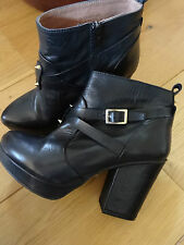 TOPSHOP Black leather Ankle boots size 37 UK 4