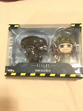 Hot Toys Cosbaby - Aliens: Alien Warrior/Marine Figurines. BRAND NEW AND SEALED