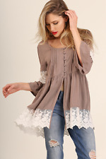 Women's Sz M Umgee USA Latte Button Down Bell Sleeve Tunic Top * Boho Chic LACE