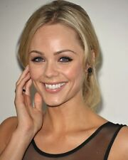 LAURA VANDERVOORT 10 x 8 PHOTO.FREE P&P AFTER FIRST PHOTO+ FREE PHOTO.18