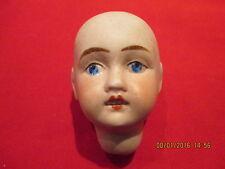 Jolie tête de poupée ancienne de la marque Jules VERLINGUE