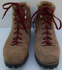 Men's  VTG VASQUE Mountaineering Hiking Brown Leather Suede Boots -- Size 8D