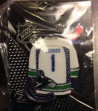 NHL Vancouver Canucks Roberto Luongo White Jersey Pin, Badge, Lapel, Hockey