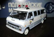 DeAgostini 1:43 Ford Econoline police of Colombia serie Police cars of the world