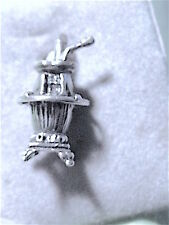 Estate 50s-60s NOS NOC 3D ster CHARM: 3D detailed POT BELLY STOVE old-fashioned
