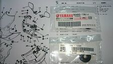 YAMAHA RD500LC 47X 1GE 51X GENUINE PANEL COMP LH RH GROMMETS NO33 2PCS