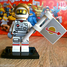 LEGO 71011 Minifigures SERIES 15 ASTRONAUT #2 SEALED Minifigs Space Outer Flag